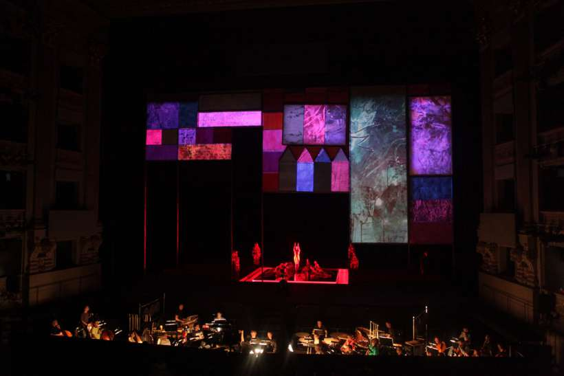 teatro-real_videomapping_stage_IMG_3031_S.jpg